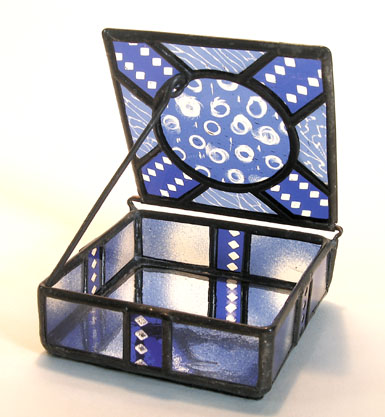 Blue with circles Box