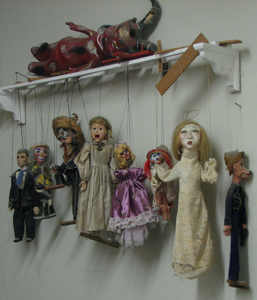 STUDIO-puppets-512.jpg