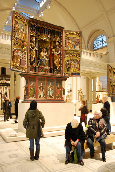 VnA-newgallerieswhereartis.jpg