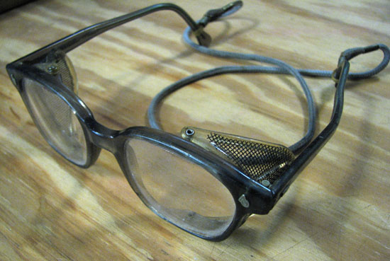 glasses-550.jpg